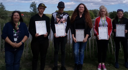 North Lindsey College students holding certificates