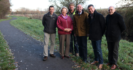Cllrs on footpath