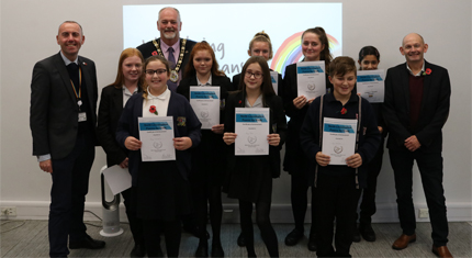 Pupils' poems praised