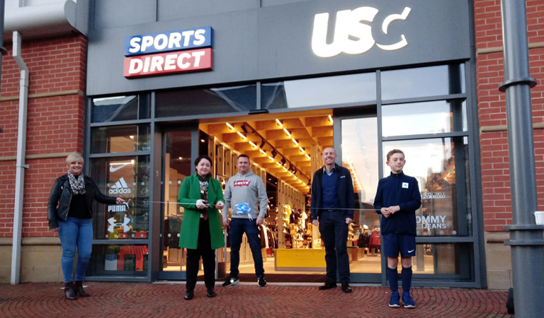 New town centre Sports Direct store opened by Scunthorpe MP