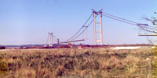 Photograph of the Humber Bridge being built
